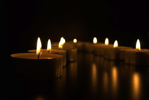 candle-1083511_960_720