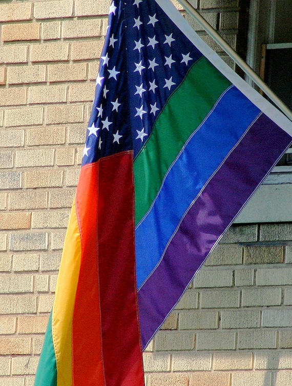 640px-The_Rainbow_Flag,_GLBT_Pride